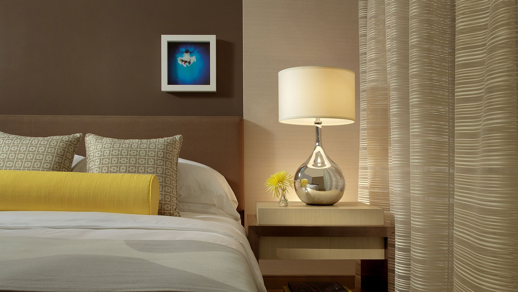 Kimpton Hotel Wilshire accessible guest room features