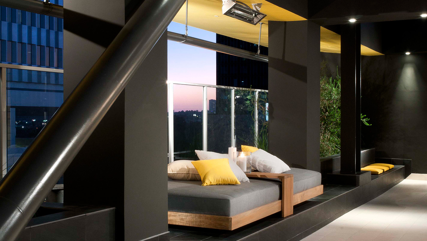 Luxury penthouses in los angeles according to developer for Penthouse apartment los angeles